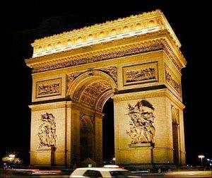 Arc-de-Triomphe_Architectural-masterpiece_3001[1]